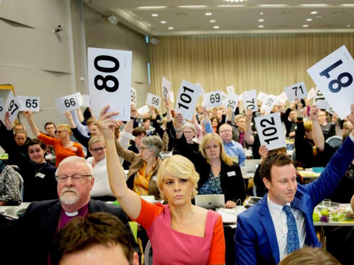 Norvège : l'Église protestante va marier les couples de même sexe