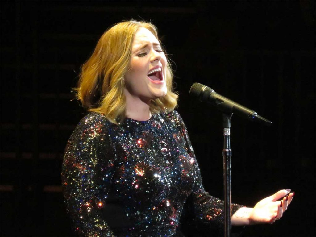 Adele coup de gueule concert en Italie