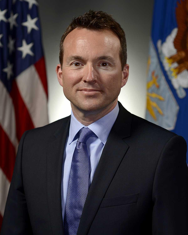 secrétaire de l'armée ouvertement gay Eric Fanning
