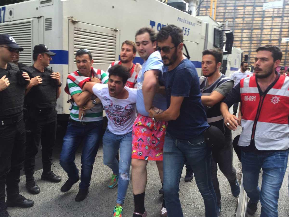 Gay Pride d'Istanbul interdite dispersée