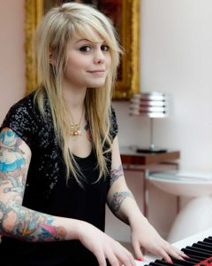 Coeur de pirate coming-out
