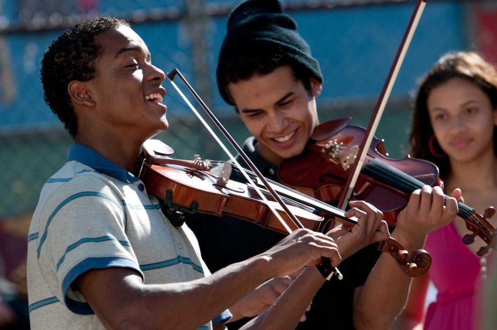 Le Monde de Dory Love & friendship Le Professeur de violon