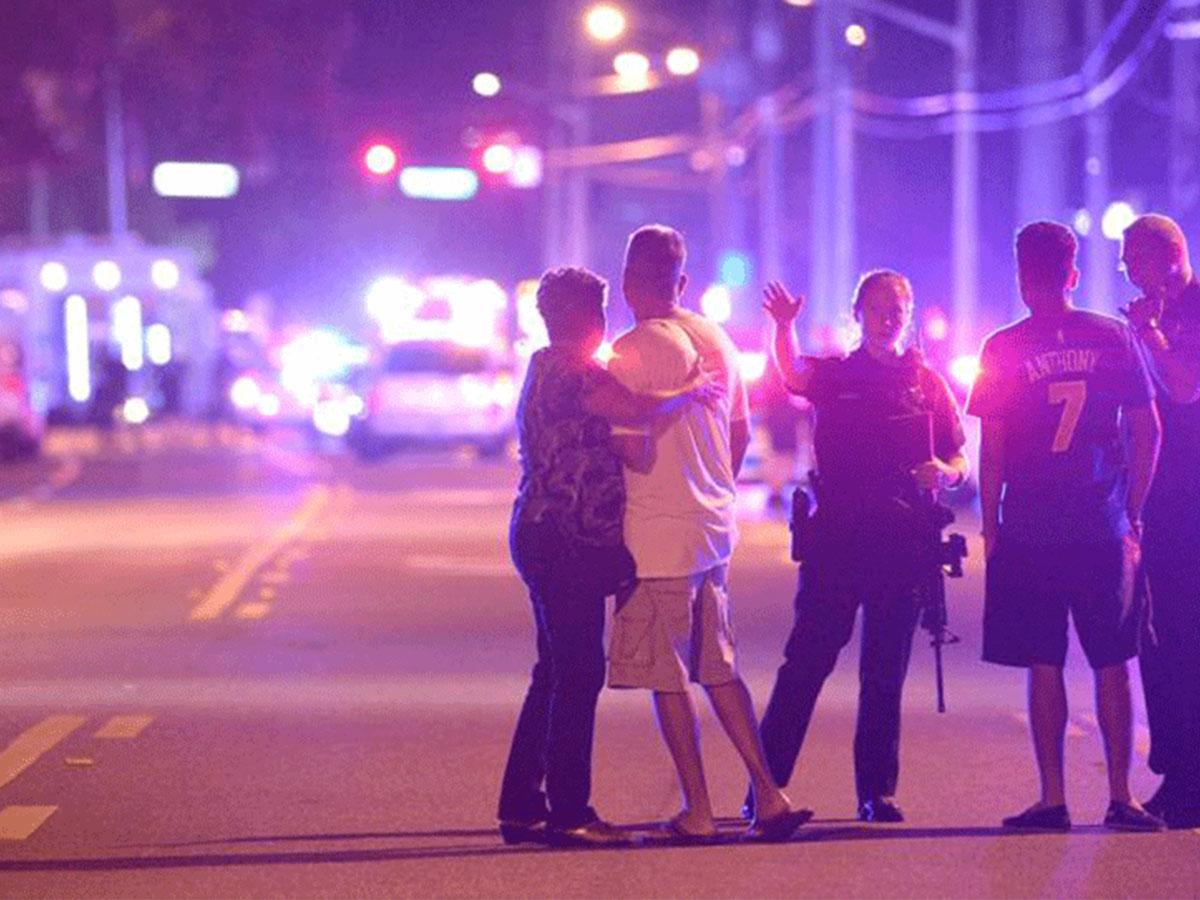 Une vingtaine de morts dans un night-club gay de Orlando