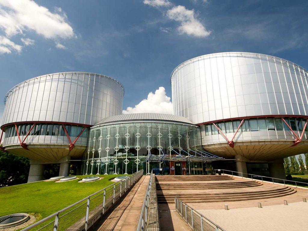 enfants nés par GPA France Cour européenne des droits de l'homme condamnée