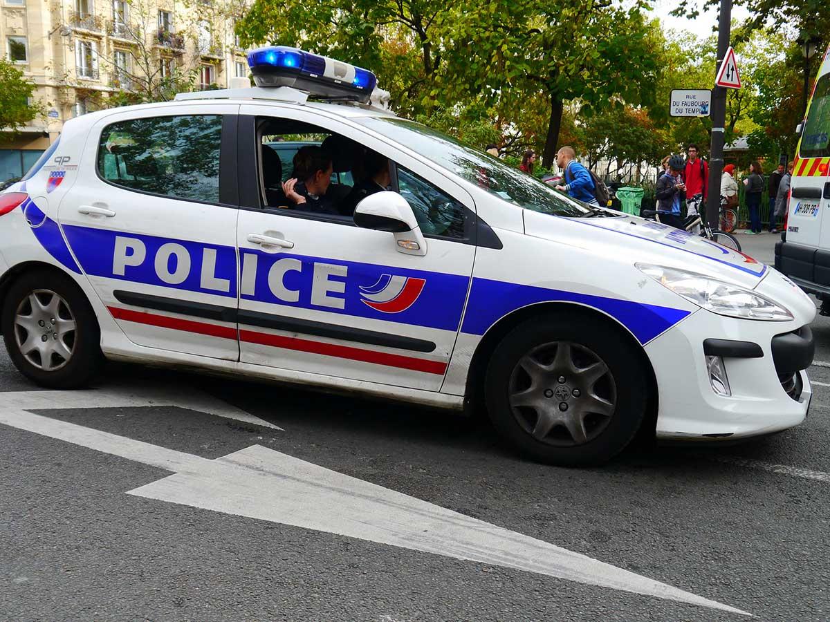 Lyon jeunes homos extorsions
