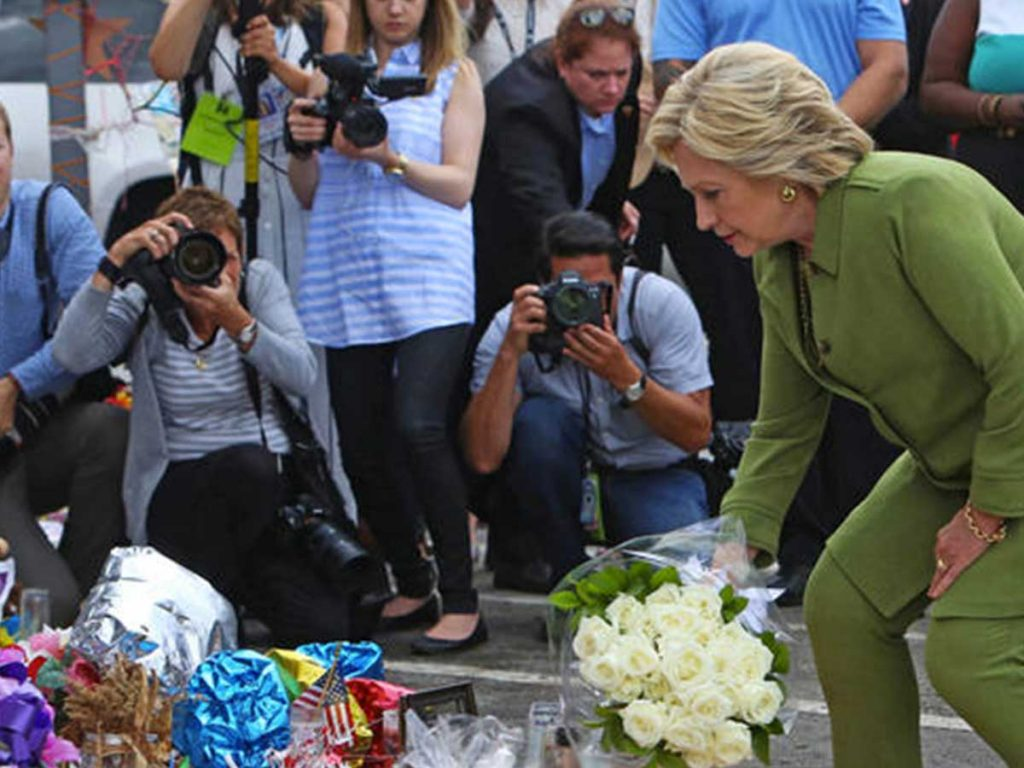 Hillary Clinton cause LGBT