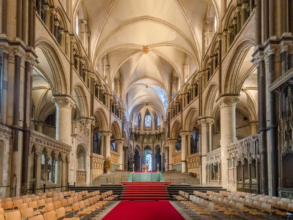 Eglise de Canterbury schisme questions LGBT