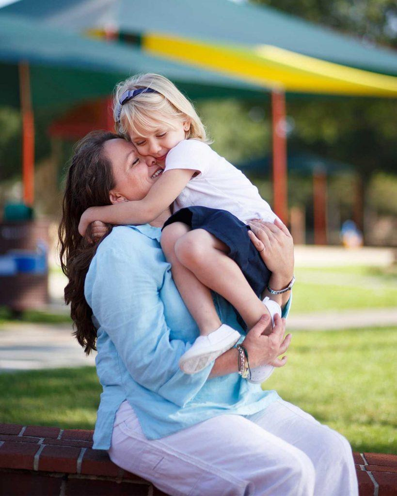 mère évangéliste petite fille trans