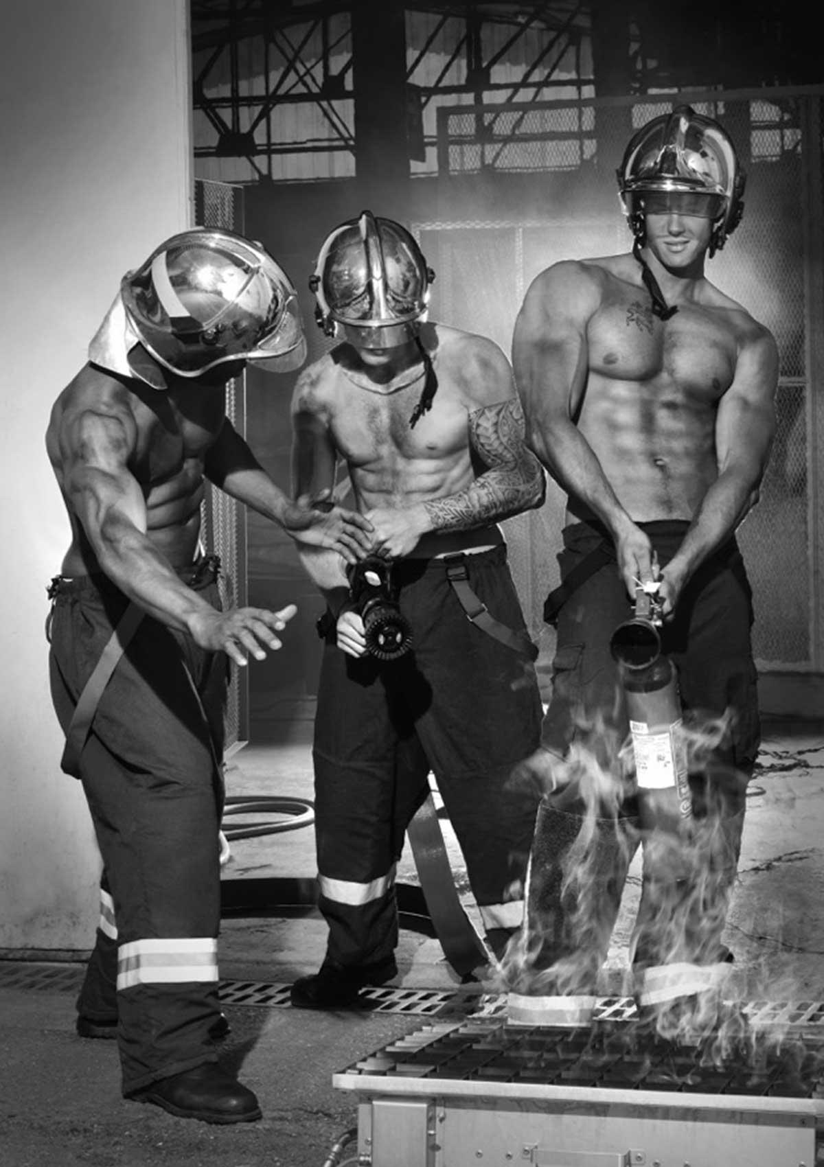 Pompiers Sans Frontières Le calendrier des pompiers 2017