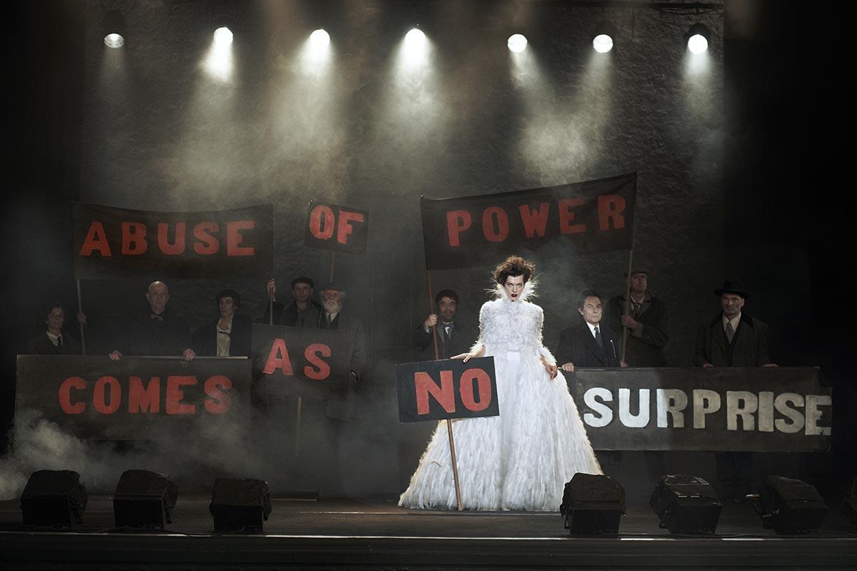 tetu-peter-lindbergh-kunsthal-rotterdam-expo-photo-milla-jovovich