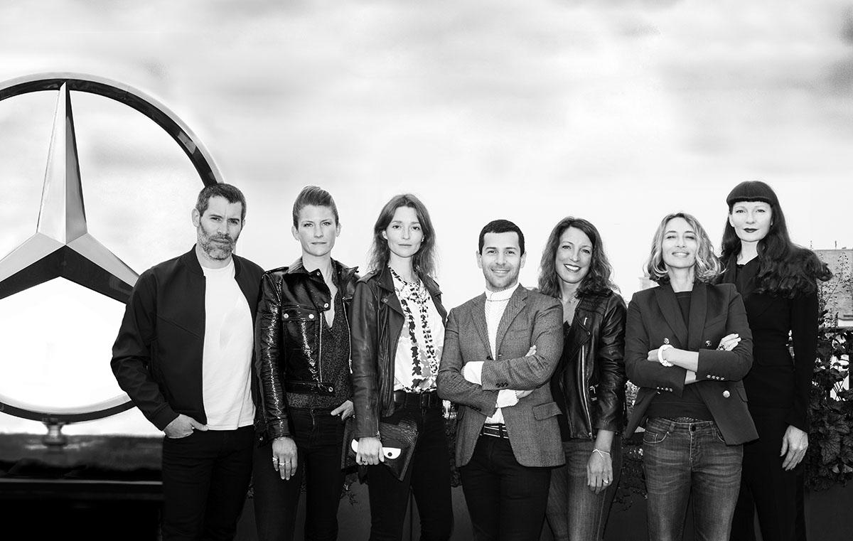 Alexis Mabille (au centre) entouré de son jury (© Julie Trannoy)