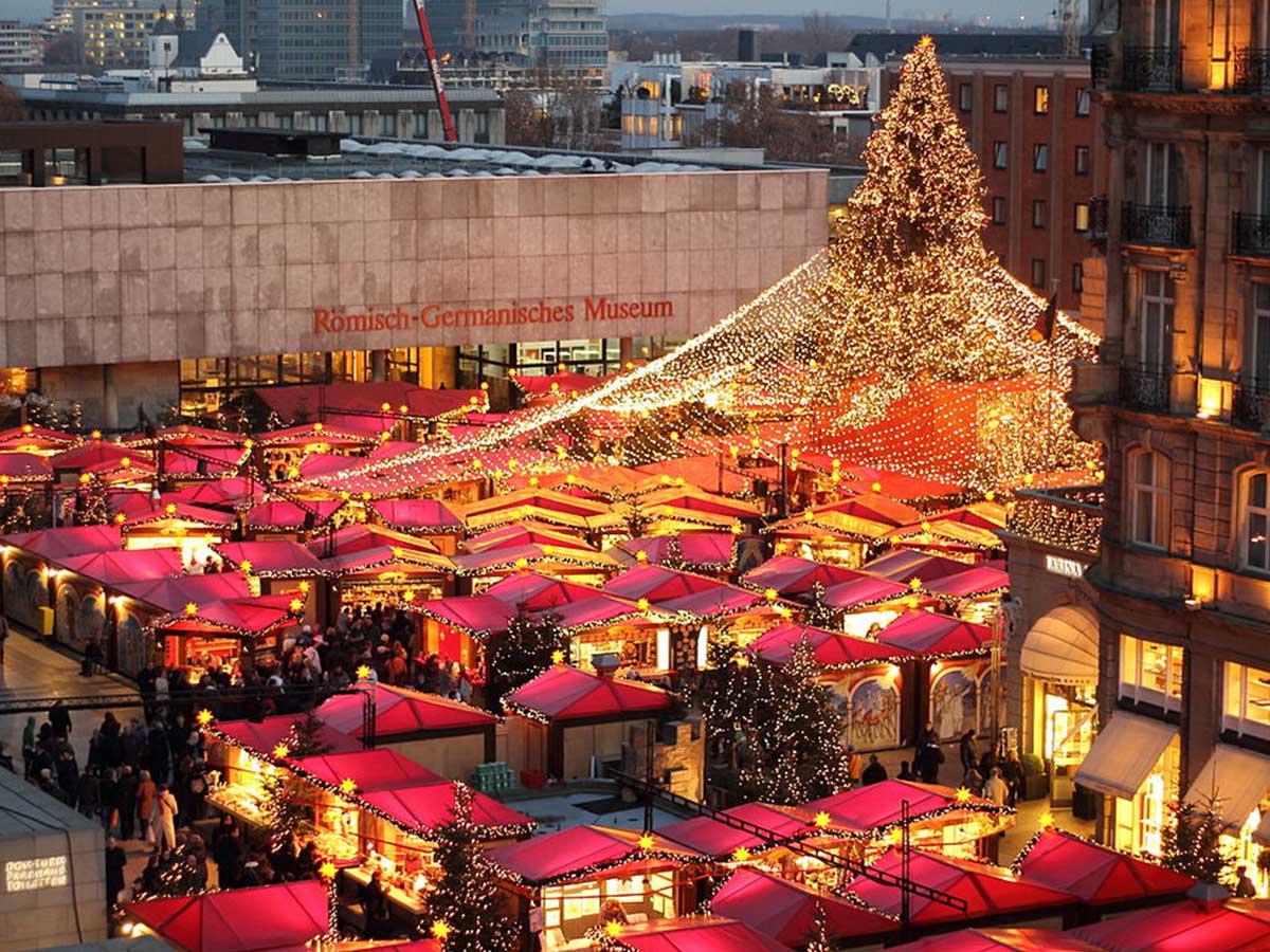 Insolite : En Allemagne, il y a aussi des marchés de Noël gays