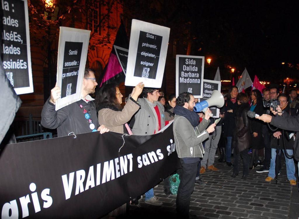 Act Up-Paris 1er décembre journée mondiale de lutte contre le sida