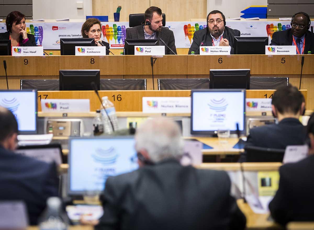 Comité des régions Parti socialiste européen promouvoir les droits LGBT au niveau local