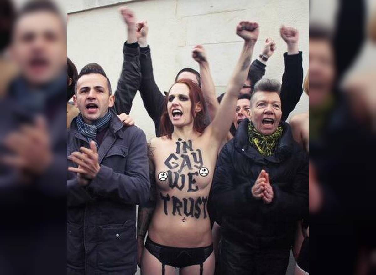 "Les Femen sont libres de scander ""In Gay We Trust"""