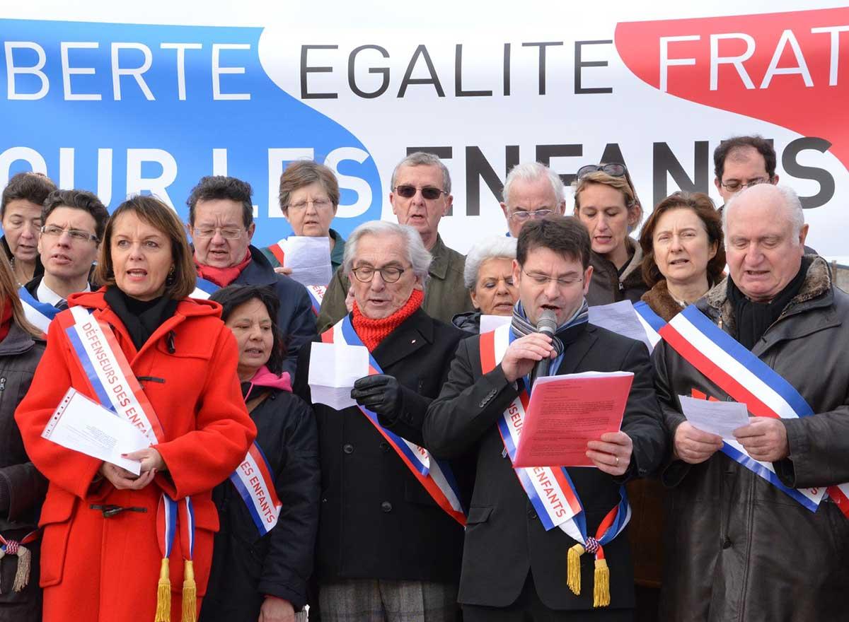 maires pour l'Enfane mariage pour tous recours devant l'ONU liberté de conscience