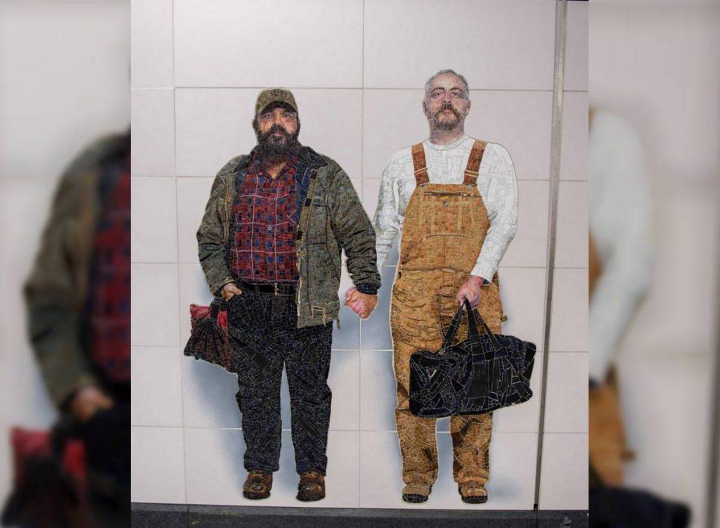 couple gay métro new-yorkais
