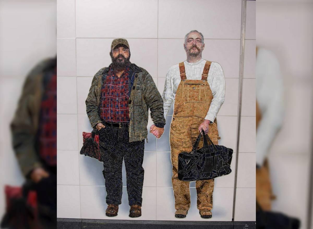 Le métro new-yorkais immortalise un couple gay