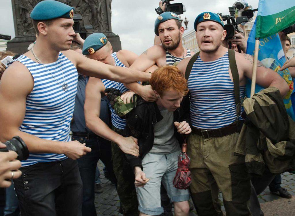 demande à ses ressortissants de ne pas être homophobes ministère des Affaires étrangères russe conseils aux voyageurs