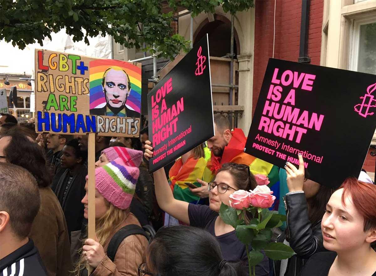 réactions des politiques français exactions commises contre les homosexuels en Tchétchénie