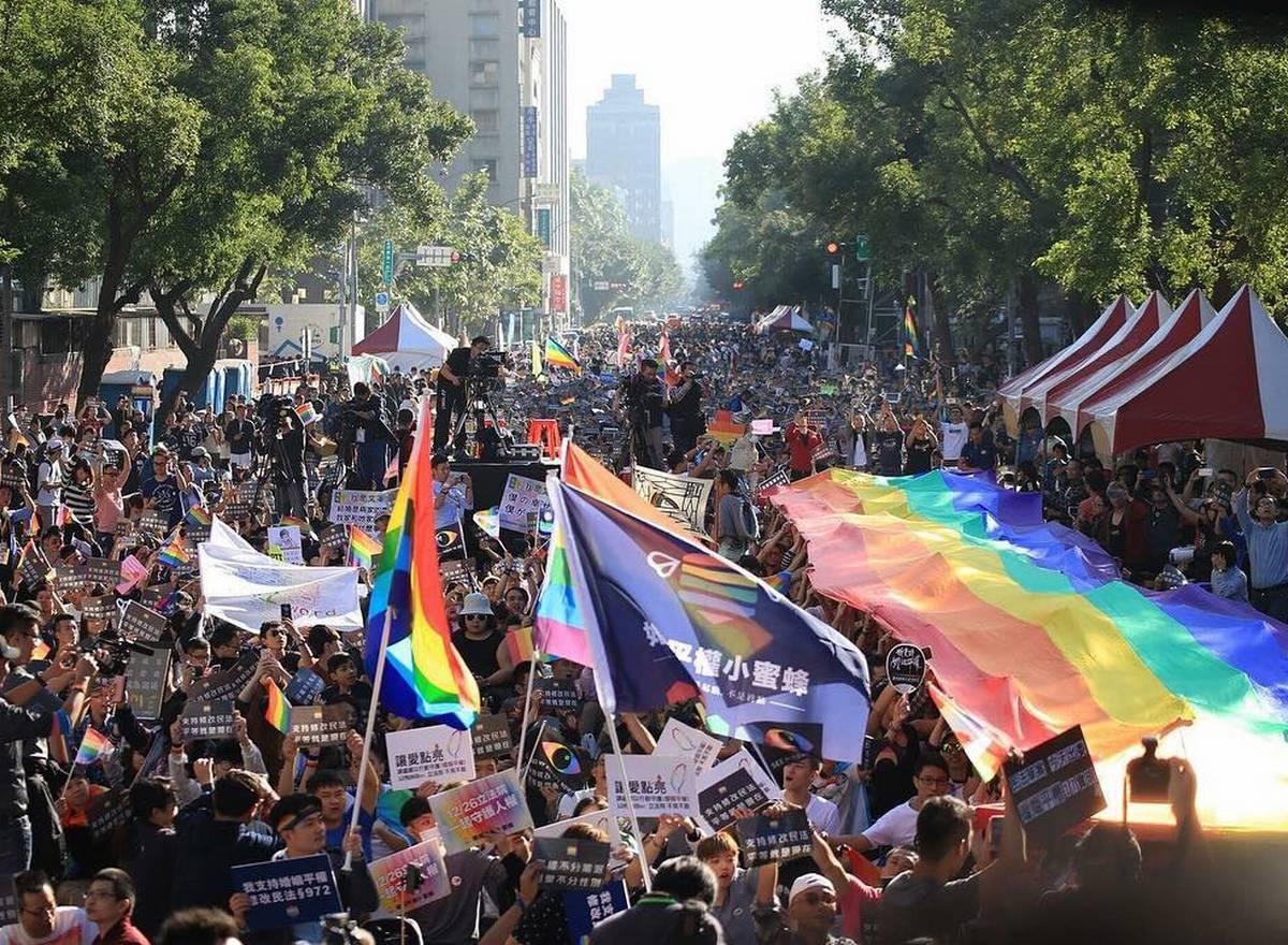 Taïwan prend une décision historique pour le mariage pour tous en Asie