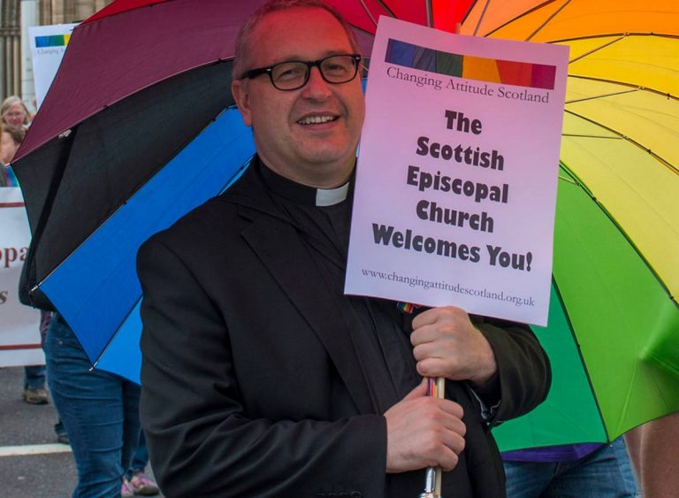 Église d'Écosse mariage religieux aux couples de même sexe