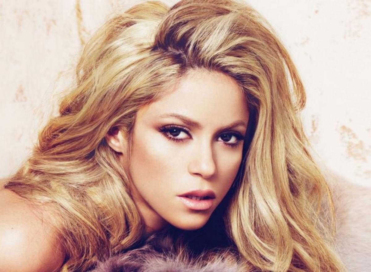 Exclu TÊTU : Shakira vous offre sa playlist estivale pour la Marche des fiertés !