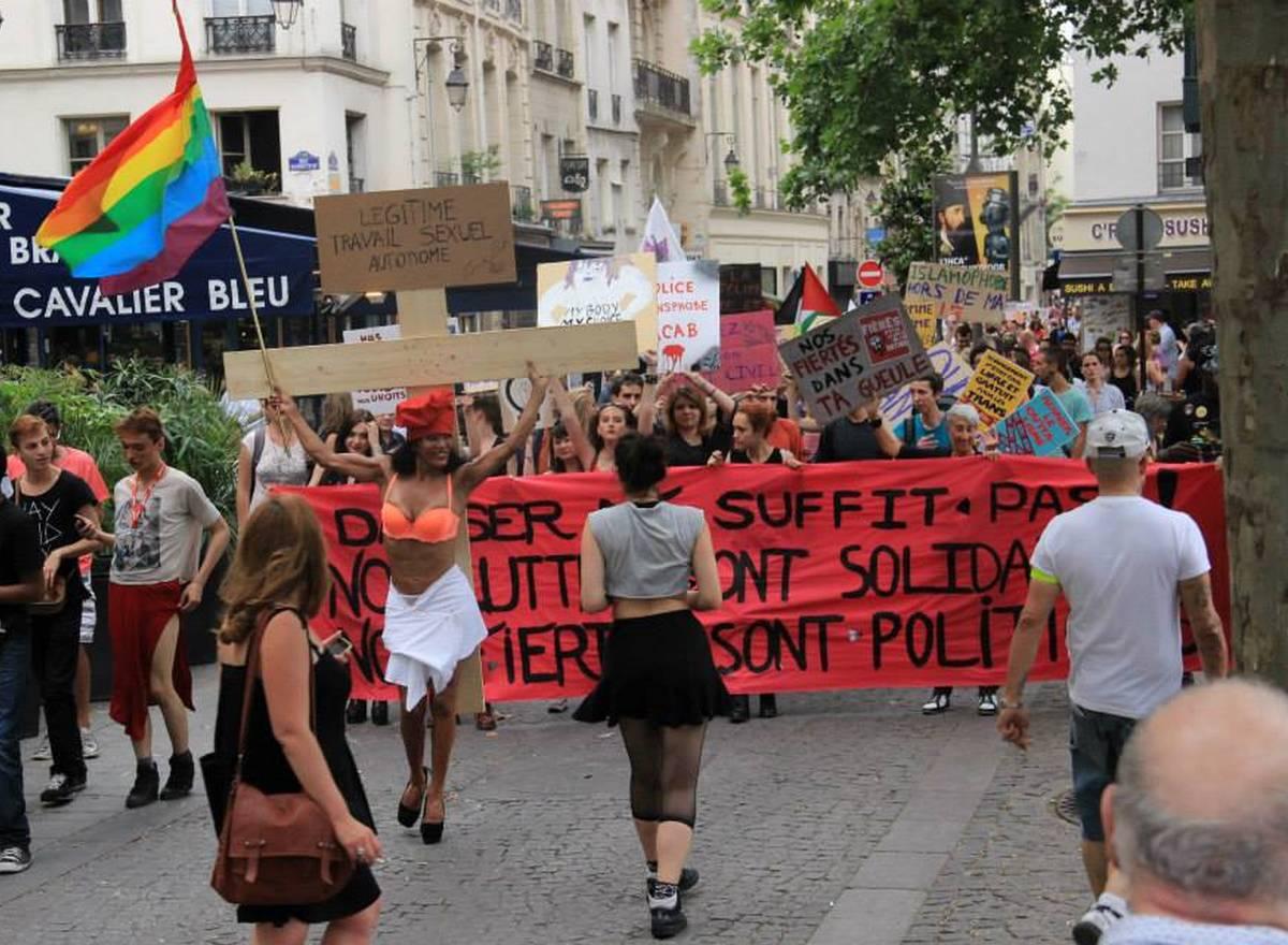 """La Pride de Nuit, la """"coalition des non-conformes"""", défile ce soir"""
