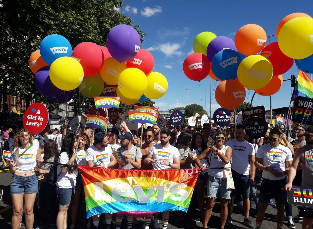 Levi's s'engage à « combattre les stigmates » avec une collection « Pride »