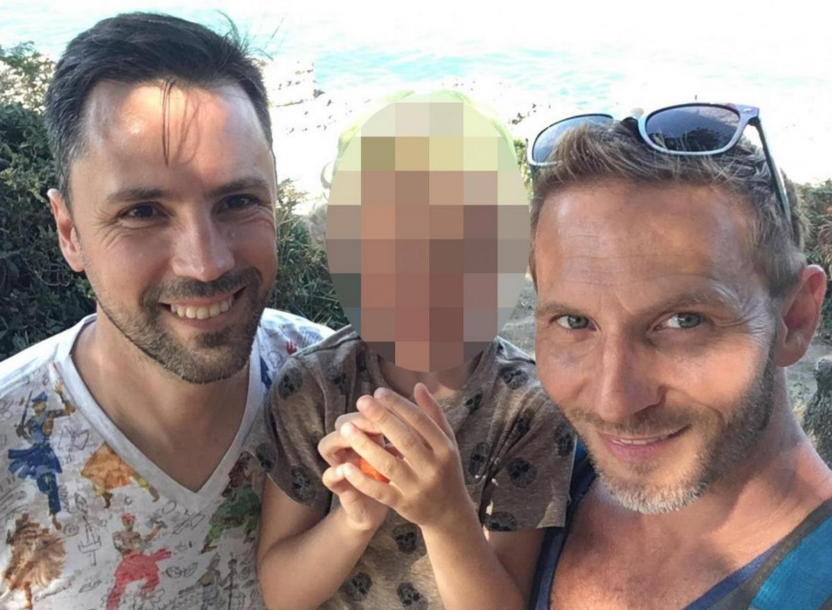 """""""Pour pouvoir adopter mon fils, je dois mentir, divorcer ou attaquer la France"""""""