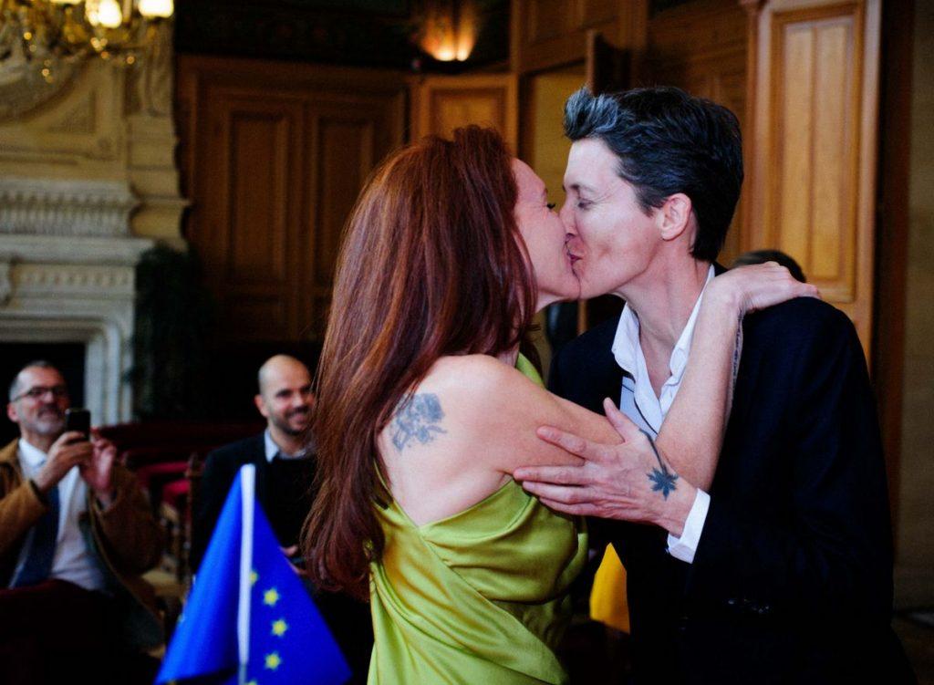 mariage pour tous couple d'artistes JF. Pierets