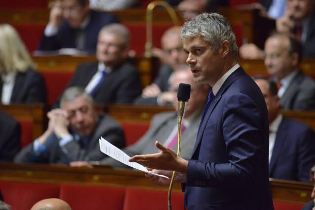 """PMA : Laurent Wauquiez dénonce la """"cacophonie"""" du gouvernement"""