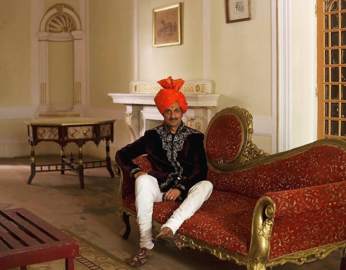 QUEERTOPIE. Portrait du premier prince indien ouvertement gay : «Je ne serai pas un roi, mais une reine !»