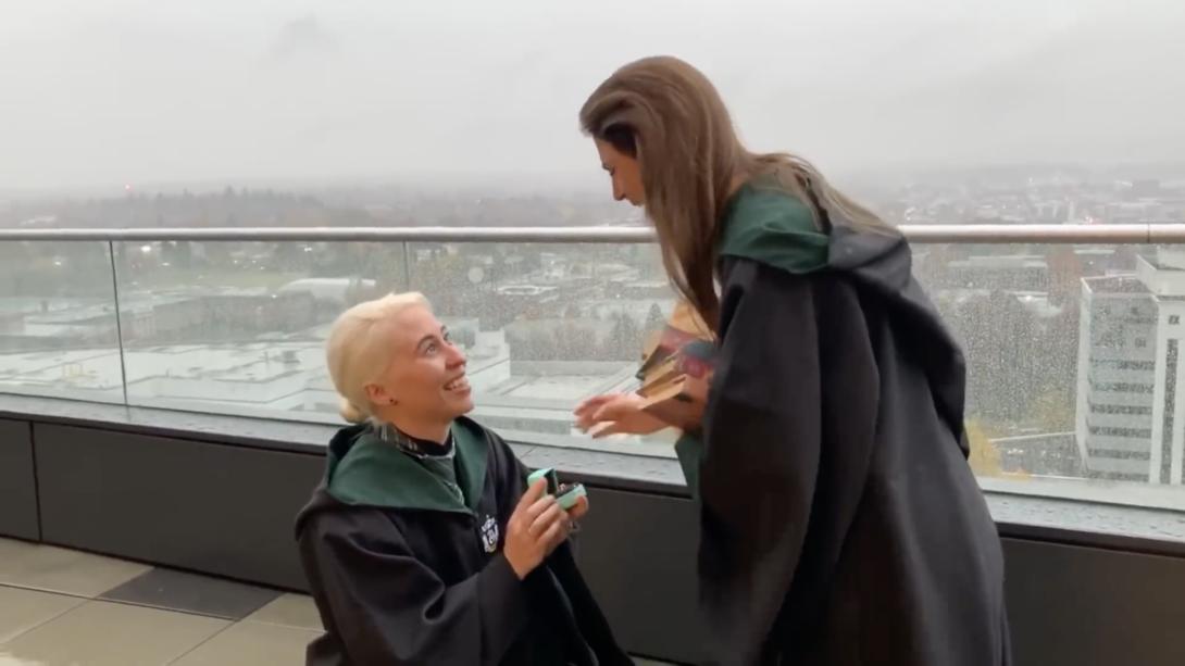 Harry Potter demande mariage lesbiennes
