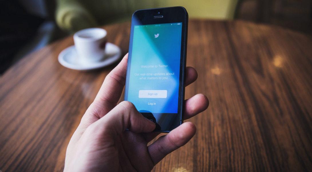 Twitter : vers une nouvelle censure du contenu bisexuel ?