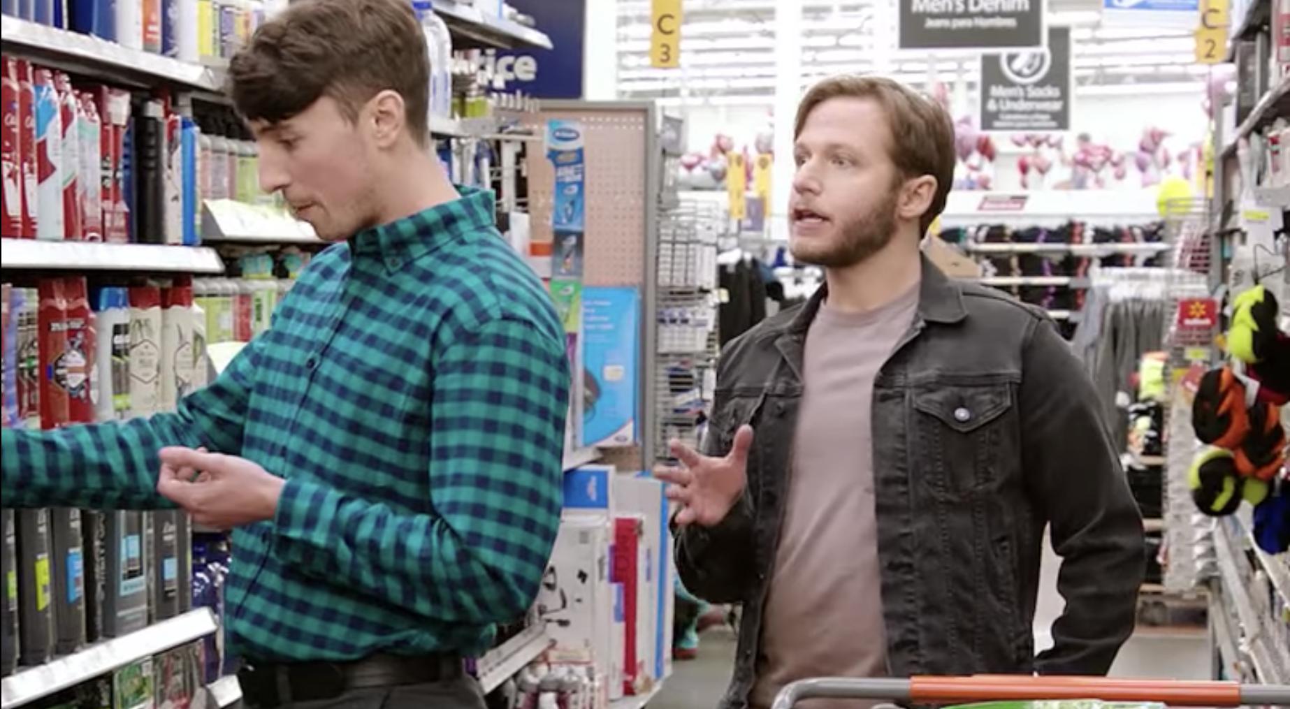 Etats-Unis : Walmart s'attire les foudres d'une association pour une pub avec un couple gay