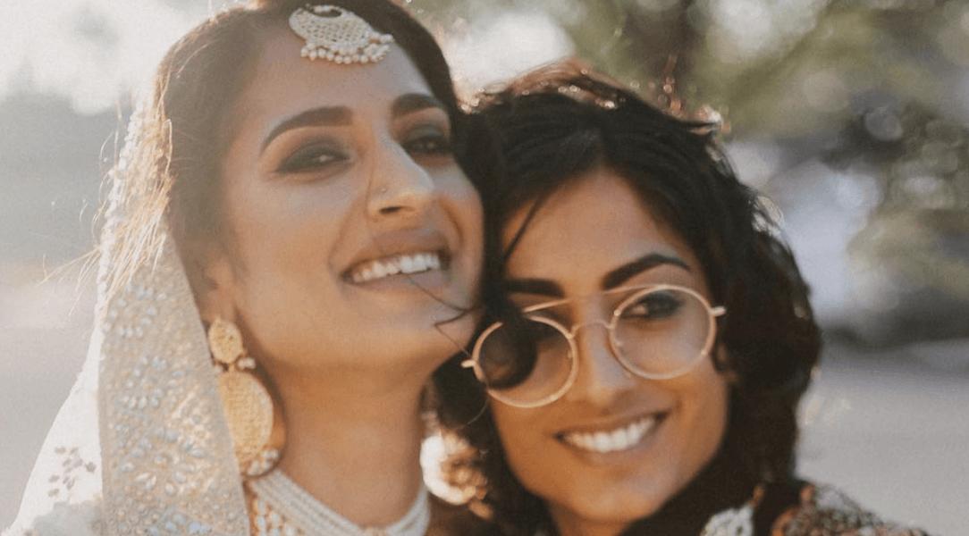 LGBT rencontres Inde ma fille de 17 ans sort avec une vieille de 19 ans