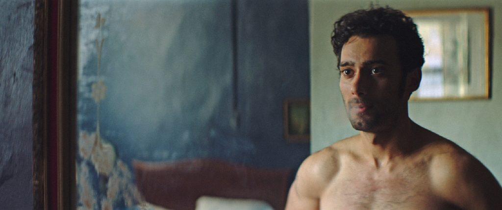 """""""Luciérnagas"""" : portrait sensible et sensuel d'un migrant gay - TÊTU"""