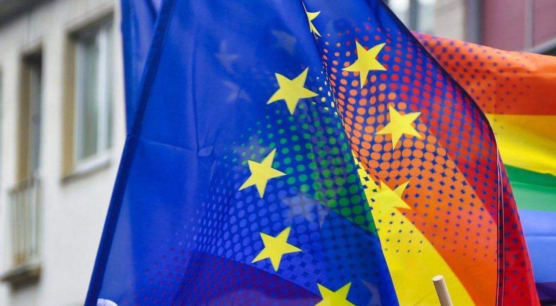 """Un rapport associatif européen pointe les """"défauts majeurs"""" du projet de loi bioéthique - TÊTU"""