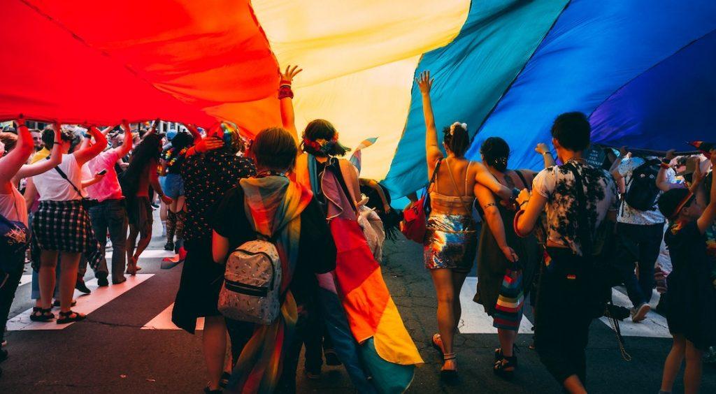 belgique agression homophobe