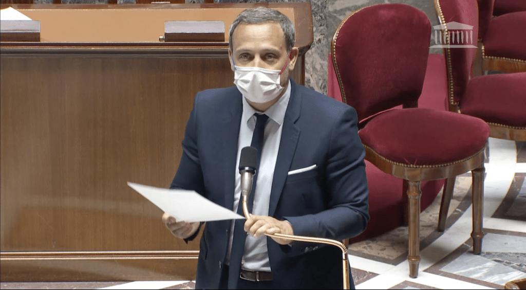 Adrien Taquet, secrétaire d'Etat à la protection de l'Enfance a défendu un amendement ouvrant le don du sang pour les HSH