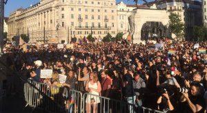 La Hongrie s'apprête à voter une loi anti-gay
