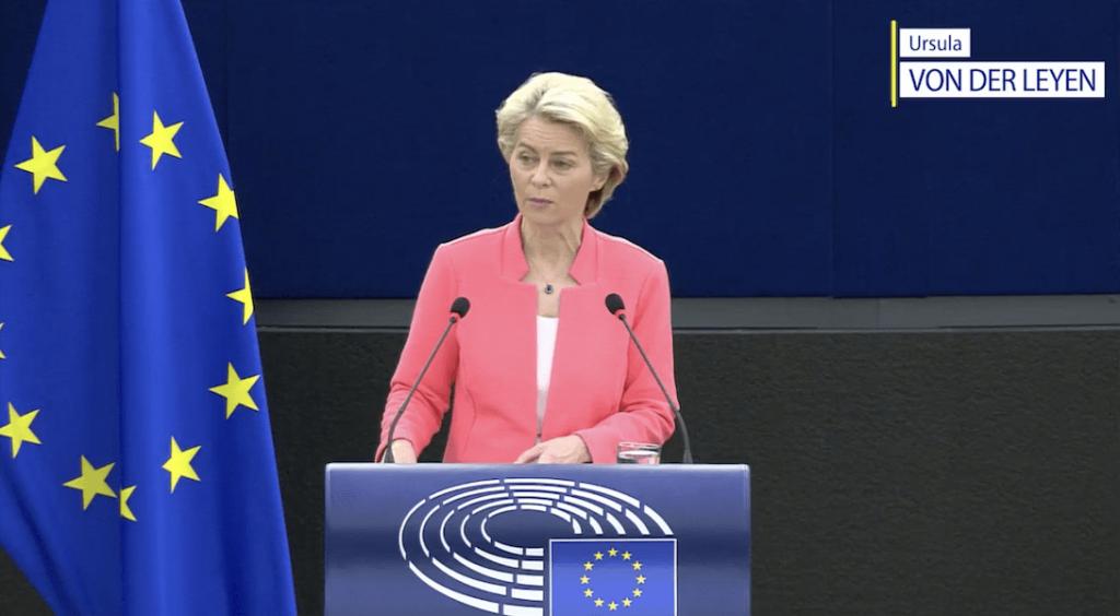 LGBTQI+ : Ursula Von der Leyen sur la défensive lors de son discours sur l'état de l'UE
