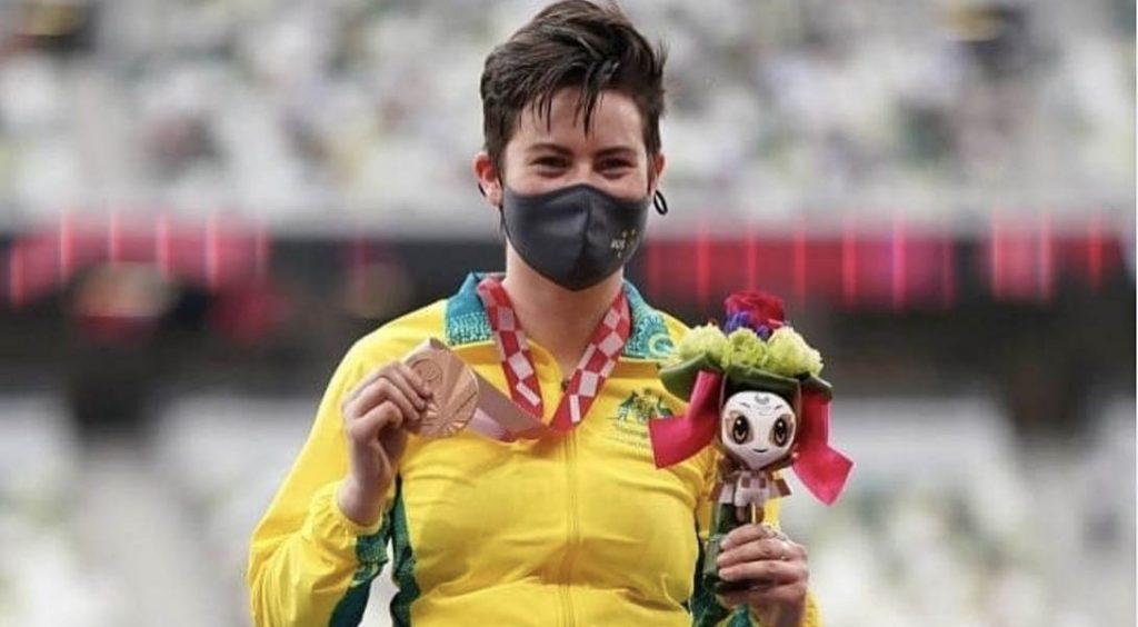 A Tokyo, Robyn Lambird marque l'histoire du sport